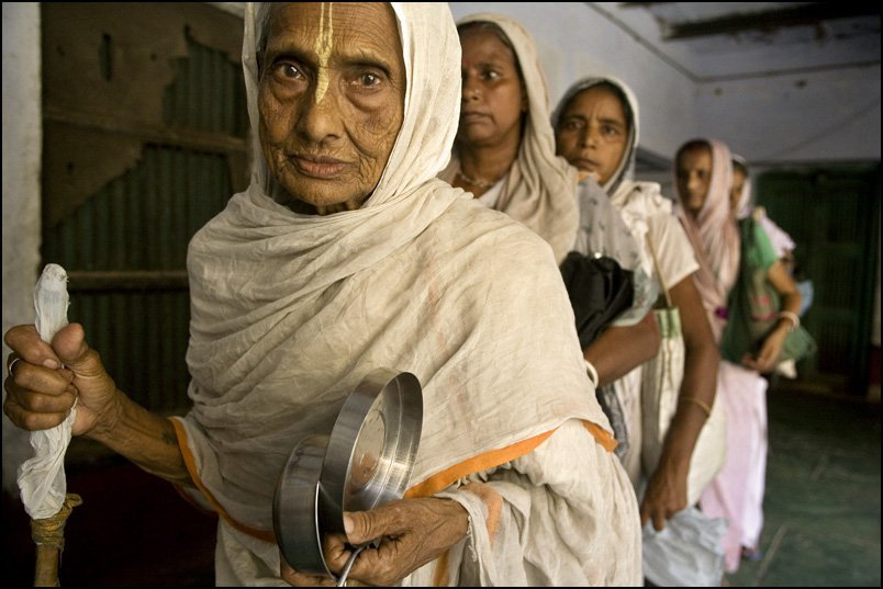 8 Dehumanising Customs Indian Widows Have Faced Through the Years