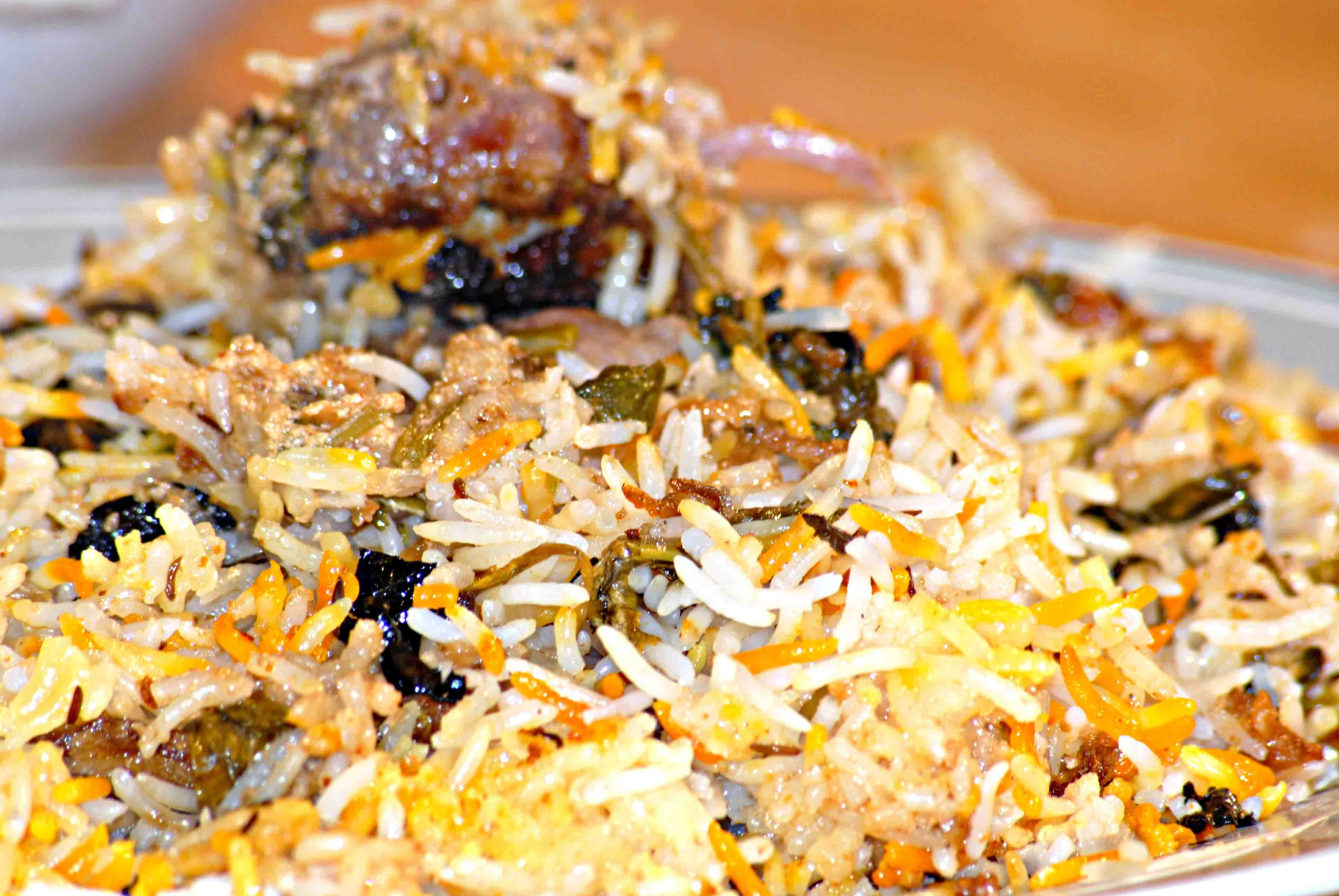 17 delicious bengali dishes you must try this durga puja juicy tender pieces of mutton cooked in rice and tava and sauted spices make it a mouth watering recipe with a rich flavour to offer this dish is a must forumfinder Image collections