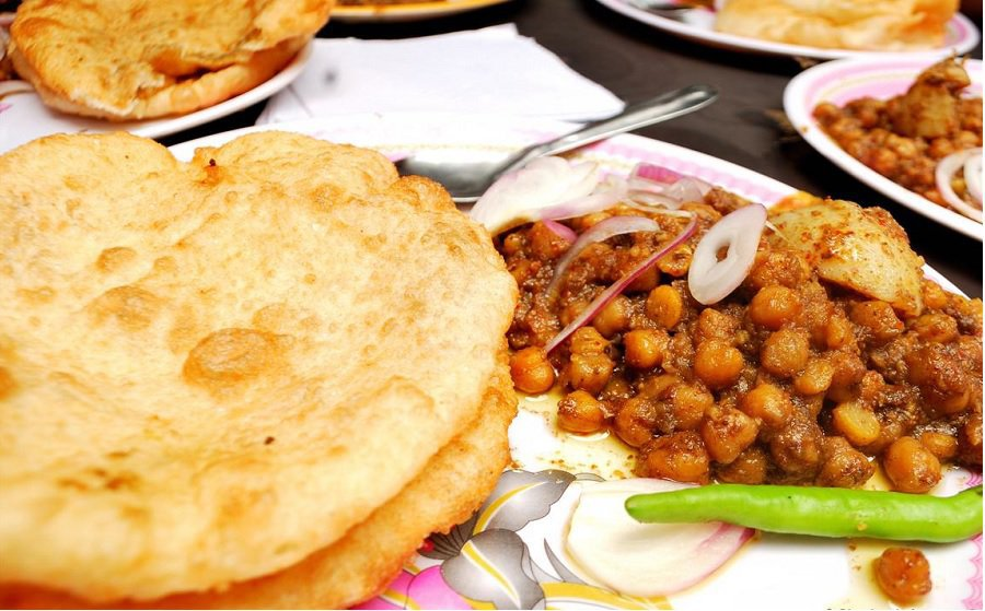 15 Yummy Street Food Of India Everyone Must Try 1