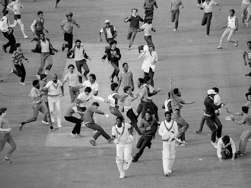 Iconic Photos Every Cricket Fan Should See - 42 epic moments captured just at the right time