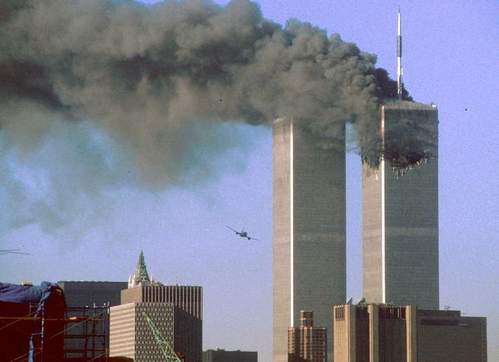 10 Conspiracy Theories Of The World That Will Make You Question History