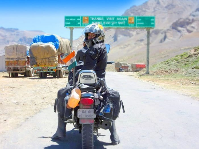 The Story Of This Girl's Solo Bike Trip From Kanyakumari To