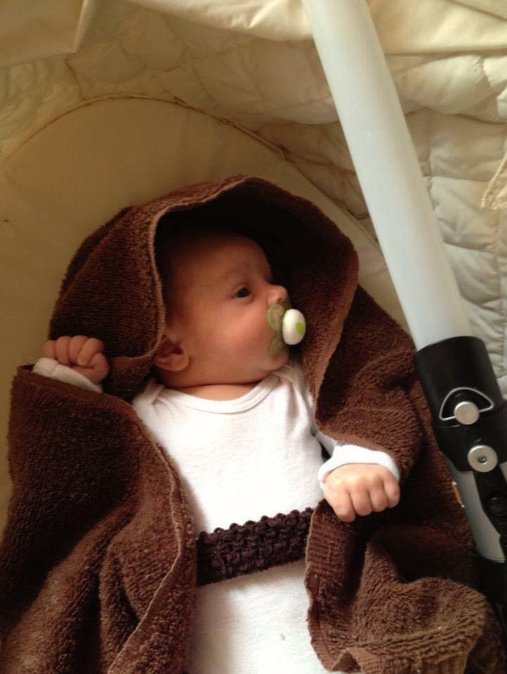 Mark Zuckerberg's Daughter Max Makes For The Cutest Jedi Ever