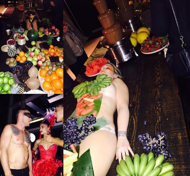 Women naked in fruits the