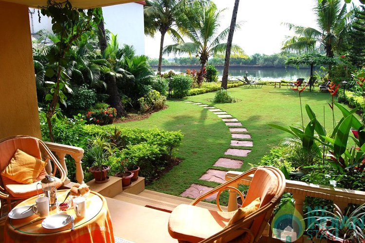You Need To Head To These Beautiful Homestays To Soak In The Monsoon In All Its Glory