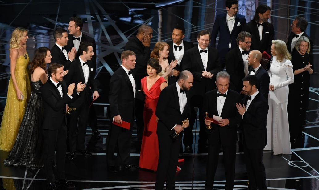 The Oscar Gaffe Not Only Cost 'La La Land' An Award But Also