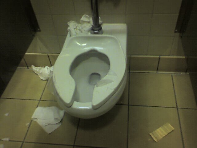 Next Time You Use A Public Washroom DO NOT Cover The Toilet Seat With Tissue Paper Youre Welcome