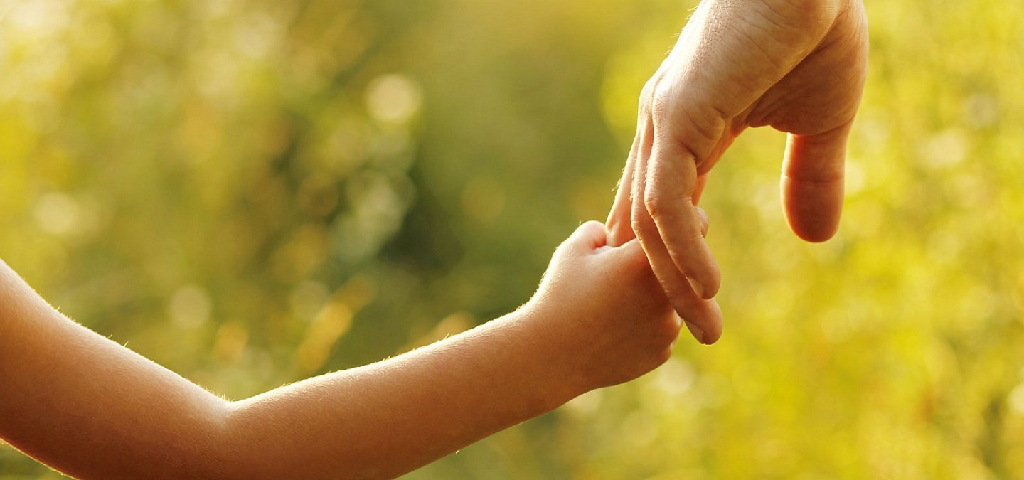 20 Quotes About Parents That Beautifully Explain Why They Deserve To