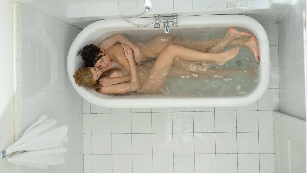 Why Sex In The Bathtub Is Not Sexy At All