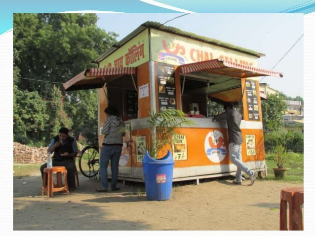 two-friends-earning-crores-from-tea-stall