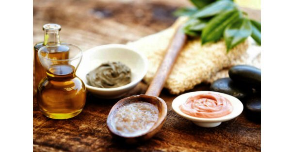 7 Natural DIY Cleansers for a Homemade Solution to Better Skin