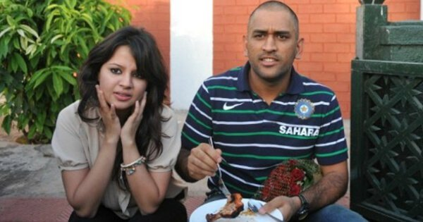 FIR Lodged Against MS Dhoni's Wife, Sakshi, In A Multi-Crore Fraud Case