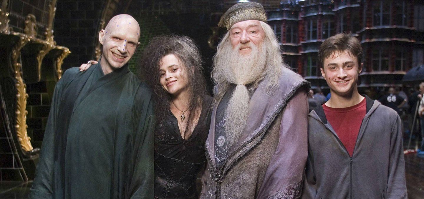 This Behind the Scenes Harry Potter Pic Will Ruin Your Childhood Forever