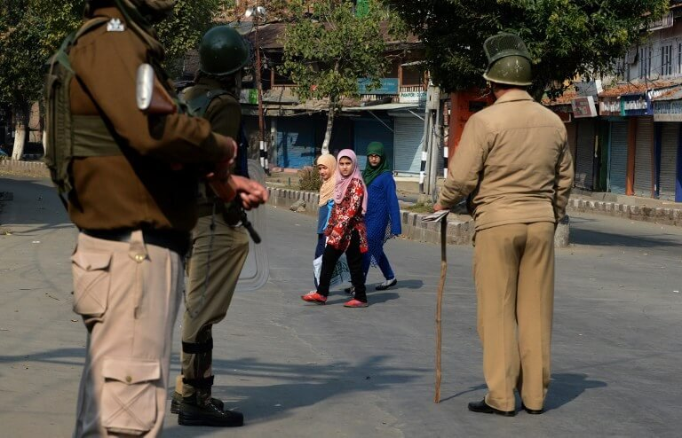Why Children In Kashmir hate India