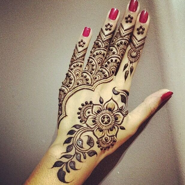 vagabombpicks 50 mehendi designs and the artists in