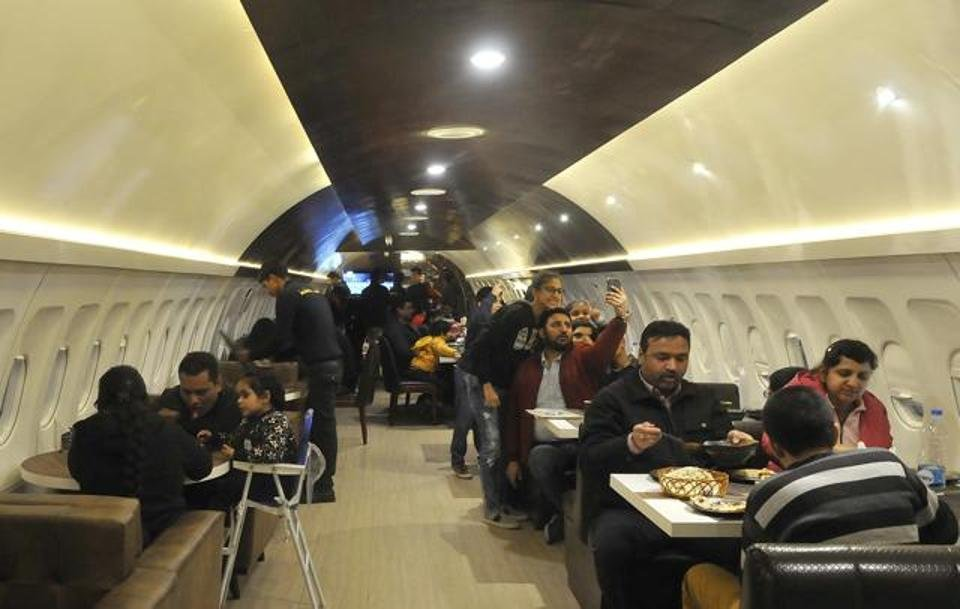 India's 1st Uber Cool Plane Restaurant In Ludhiana Should Be On Your Checklist If You're In Punjab