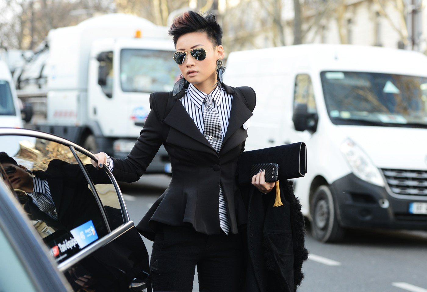 Just 15 Photos Of Women Wearing Suits Which Show That They Should Be