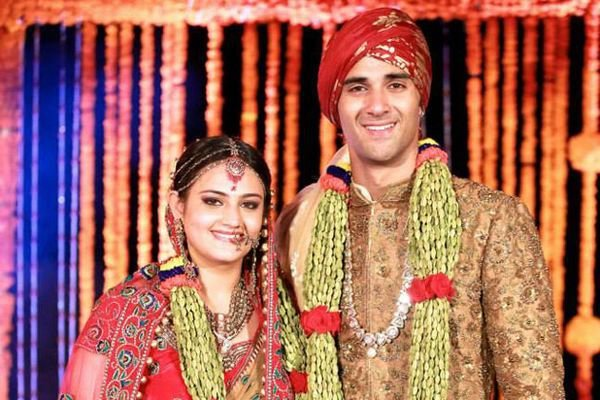 The Charming Young Fukrey Actor Married Salman Khans Rakhi Sister Shweta In Goa A Romantic Yet Traditional Wedding Ceremony Bhai Of Course
