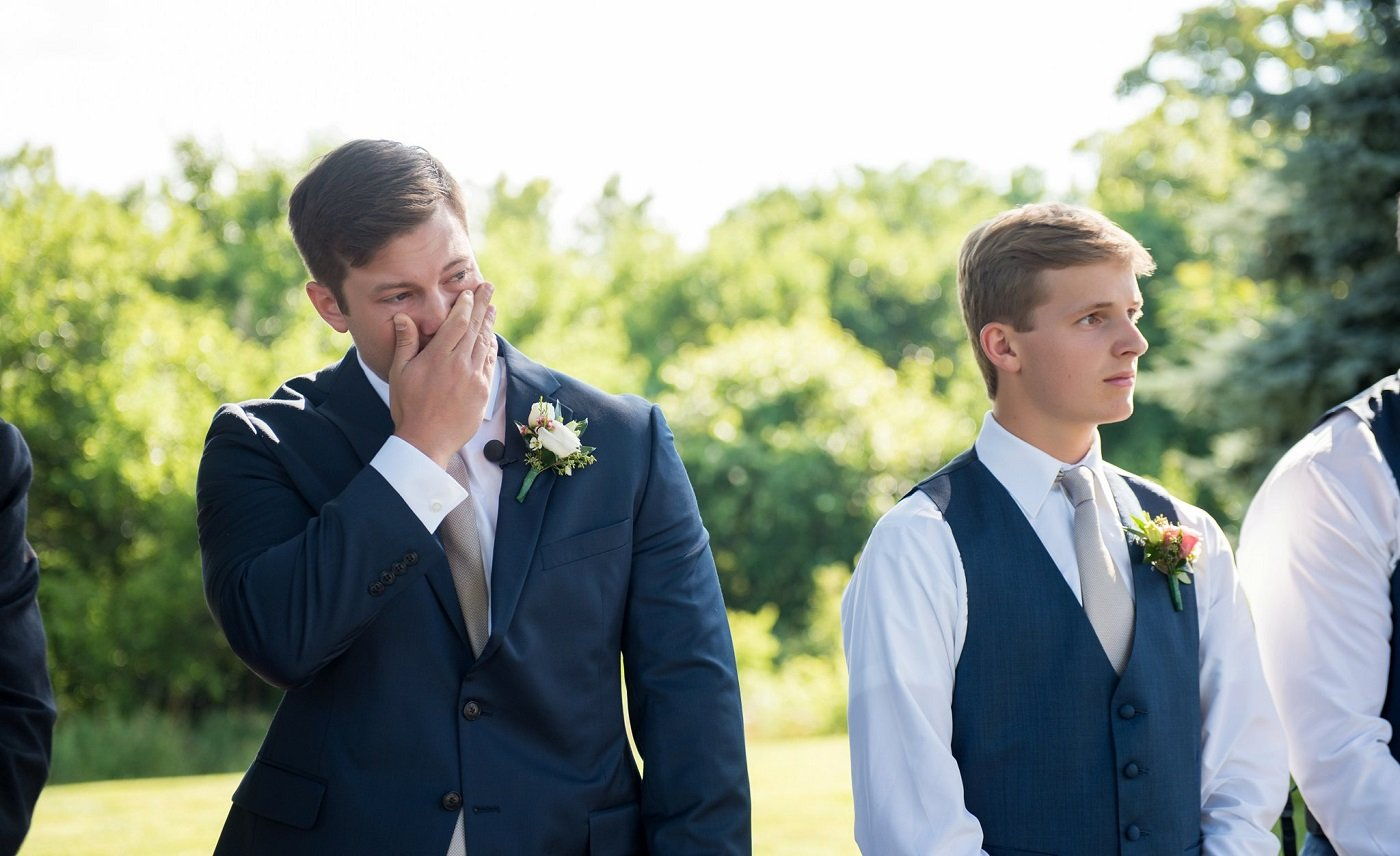 8818171b92e Men Share What Went Through Their Minds The Moment They Saw Their Bride On  Their Wedding Day