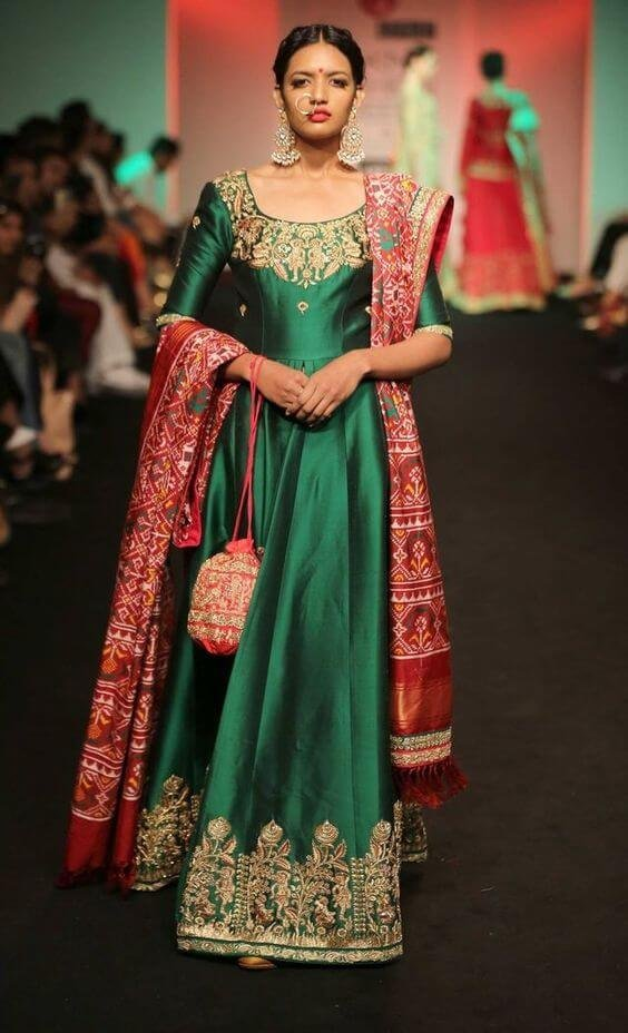 Vagabombpicks 30 Gorgeous Sangeet Outfits For The