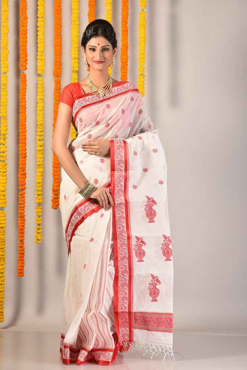 53d94858945 15 Types Of Sarees From Across The Country Every Indian Woman Must ...