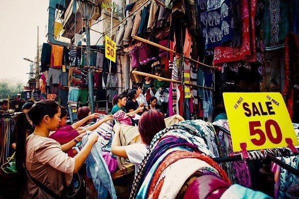 Buying Fashionable Shoes In Mumbai