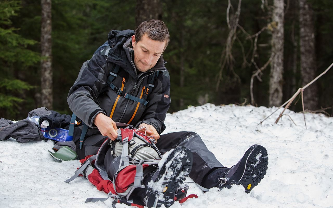 5 Near Death Experiences From Bear Grylls Life That Prove It S A