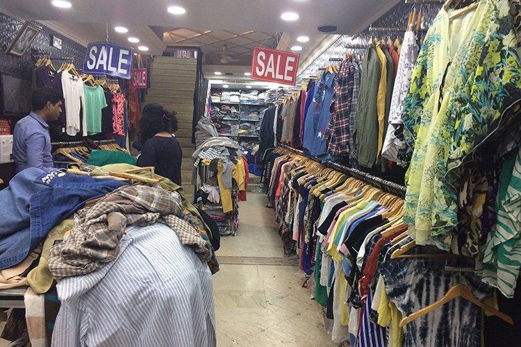 6223b99f5 10 Markets Other Than Sarojini Nagar Where You Can Do Budget ...