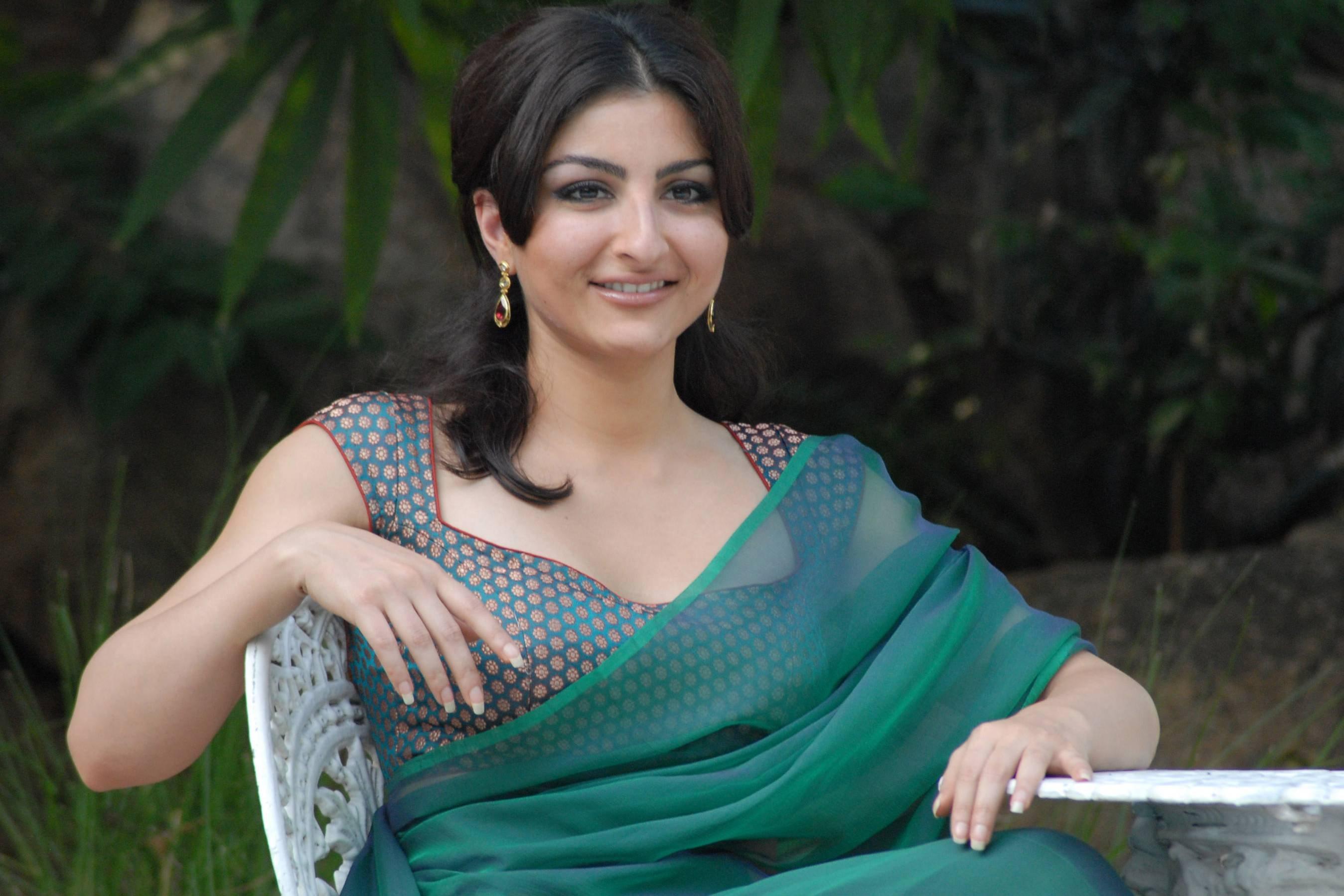 Watch Soha Ali Khan video