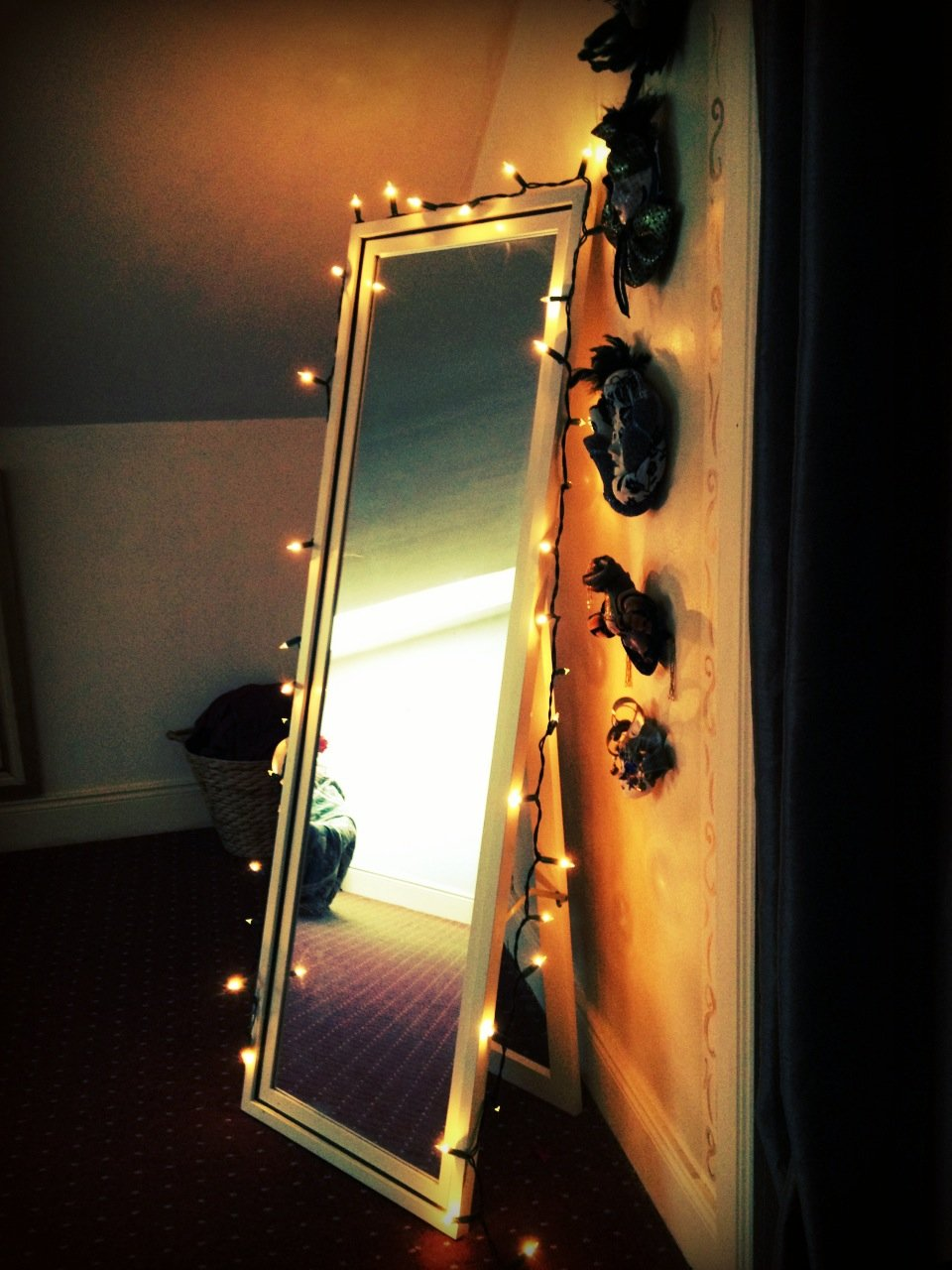 Fairy Lights Are Always Vogue Ways You Can Use Them Make Your Home Magical