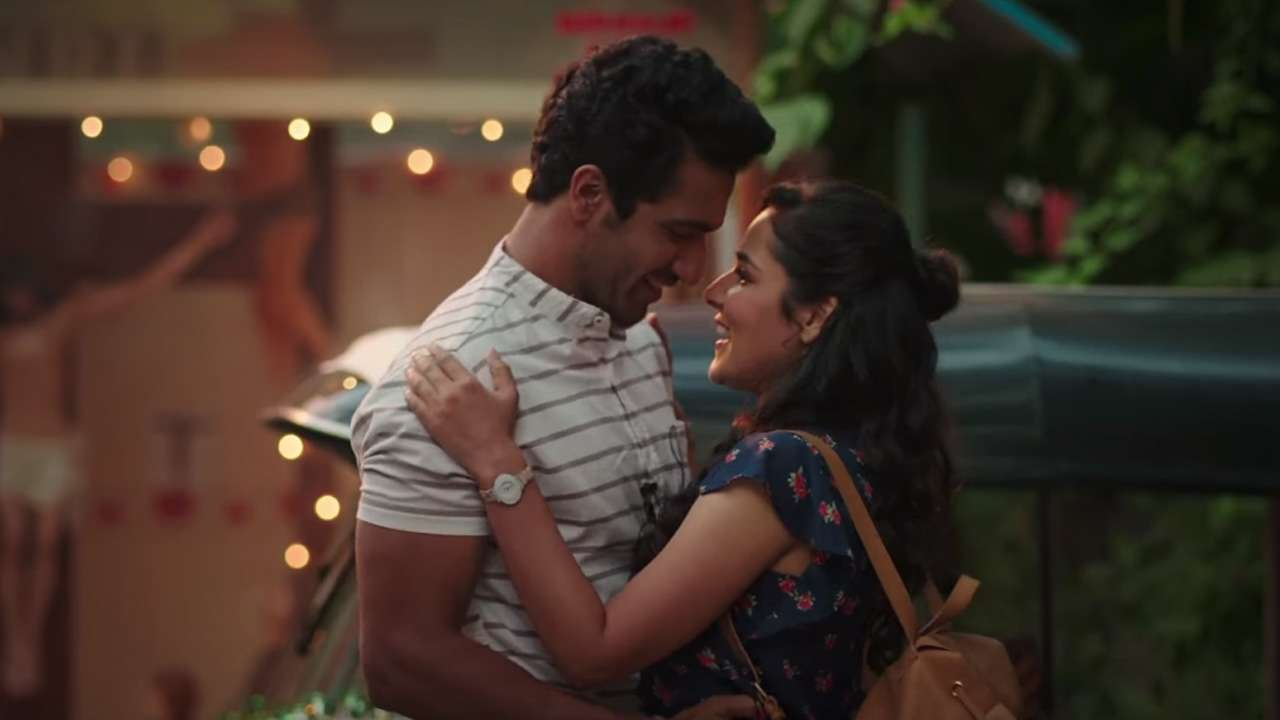 Netflix's 1st Hindi Film Makes You Fall In Love With Mumbai & Vicky Kaushal All Over Again