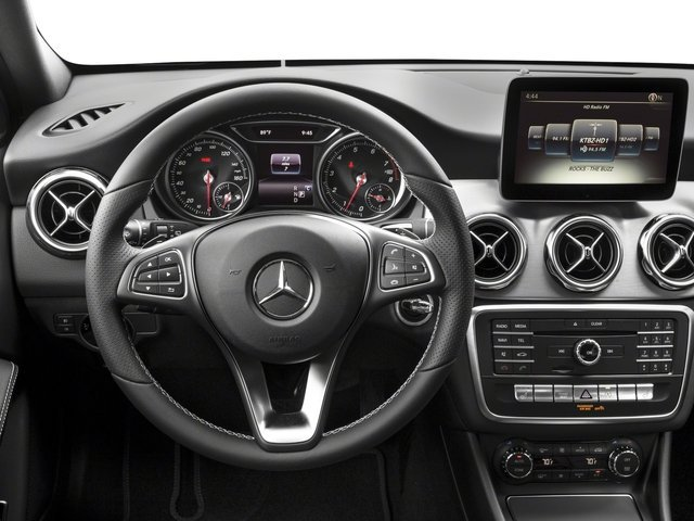 12 Super Cool Luxury Car Features Which Prove That We're