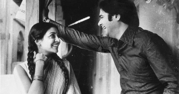 Bollywood Has Seen Many Iconic Pairs But None As Sweet & Simple As Deepti Naval & Farooq Sheikh