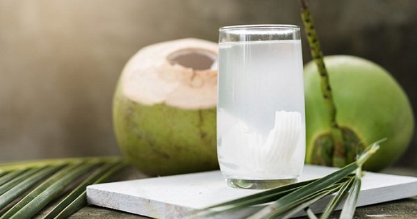 These 18 Benefits Of Coconut Water Will Make You Add This