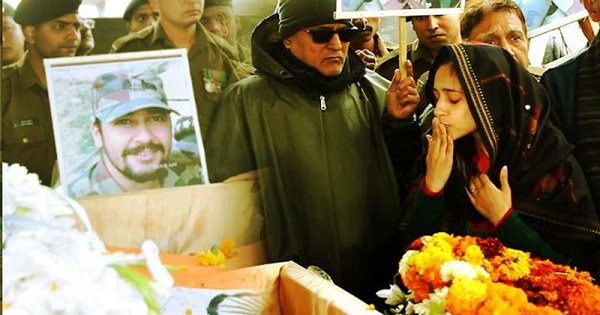 Fighting Back Tears, Major Vibhuti's Wife Salutes Her Husband & Says 'I Love You' One Last Time