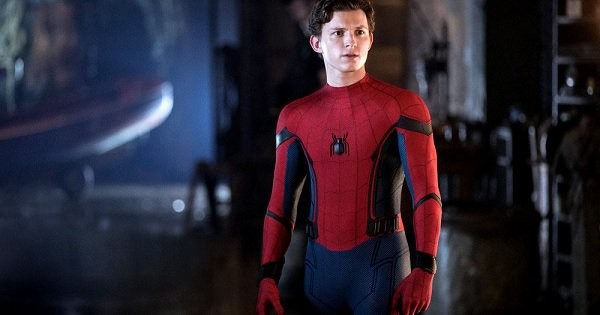 The 2 Post-Credit Scenes In Spider-Man: Far From Home Change Everything We Know About The MCU
