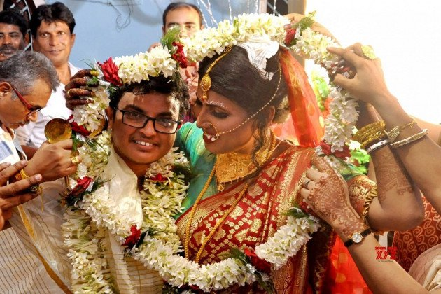 Just Beautiful Pictures From West Bengal's First Transgender Wedding
