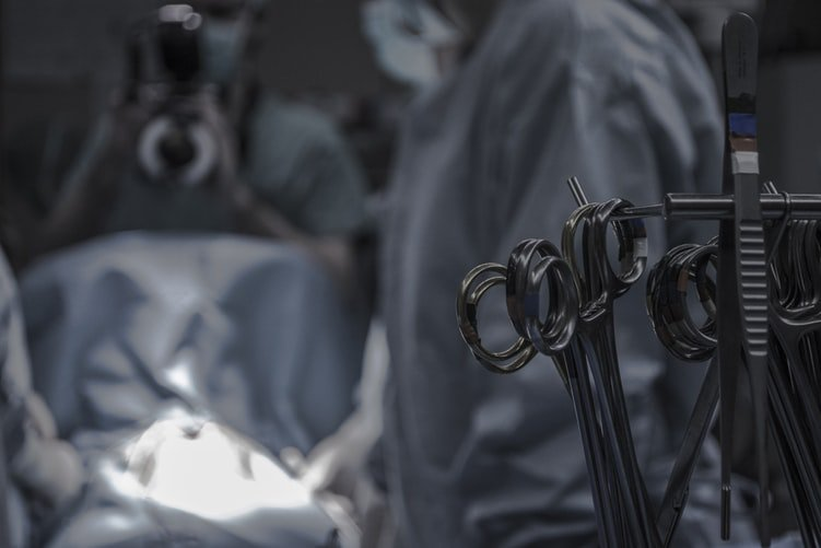 Doctors Reveal Their 'Oops' Moments During Surgery' & I Am