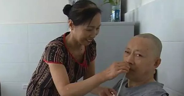 Man Wakes Up From A 5-Year-Long Coma After Wife Spends 20 Hours A Day Caring For Him