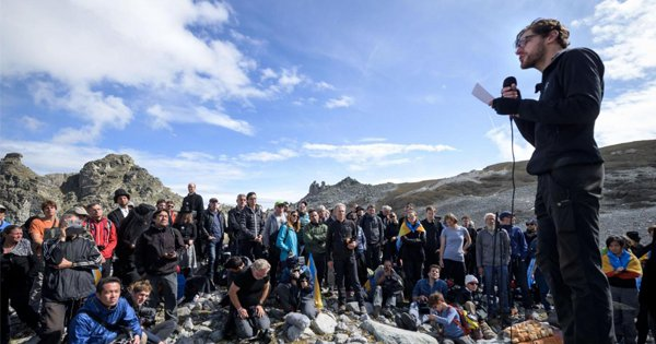 Hundreds Of People Gather To Attend A 'Funeral' For A Swiss Glacier Lost To Global Warming