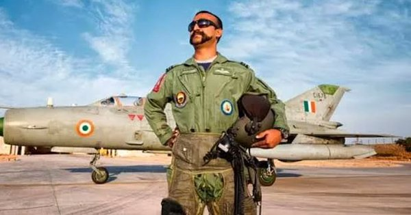 Pak Air Force Has Wing Cdr Abhinandan's Mannequin On Display At The Karachi Museum