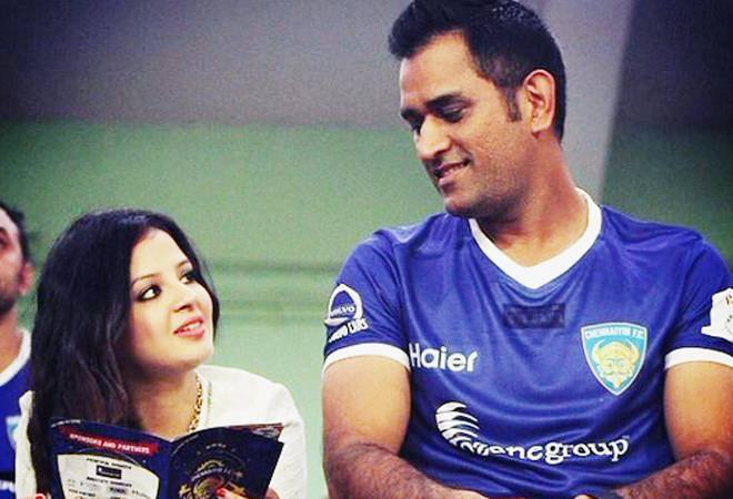 sakshi and dhoni