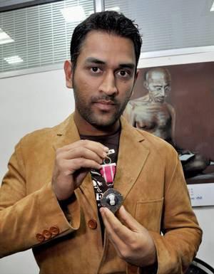 Dhoni Padma Shr