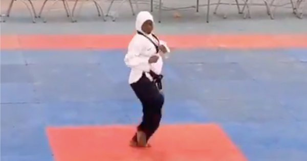An eight-month pregnant woman Aminat Idrees bagged a gold medal in Taekwondo during the National Sports Festival.