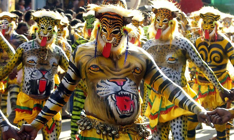 24 Unusual Rituals And Festivals of India That Will Give You
