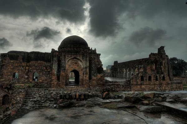 14 Haunted Places In Delhi You Should Visit On The Next