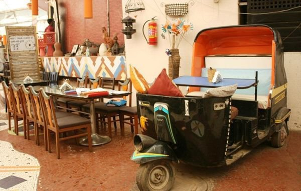 13 unusual indian restaurants and cafes everyone must try - Furniture that looks like food ...